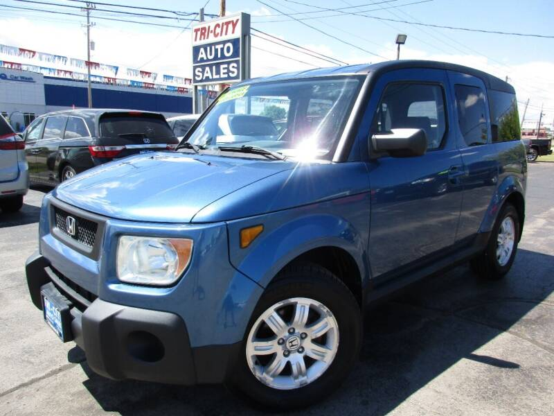 2006 Honda Element for sale at TRI CITY AUTO SALES LLC in Menasha WI