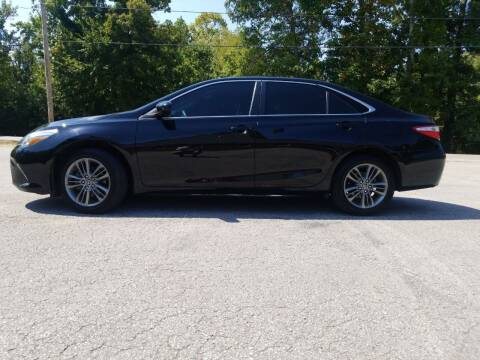 2016 Toyota Camry for sale at Tennessee Valley Wholesale Autos LLC in Huntsville AL