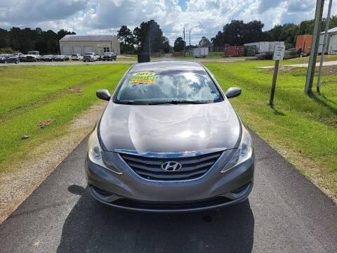 2013 Hyundai Sonata for sale at Auto Guarantee, LLC in Eunice LA