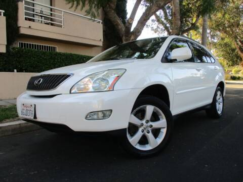 2005 Lexus RX 330 for sale at Valley Coach Co Sales & Lsng in Van Nuys CA