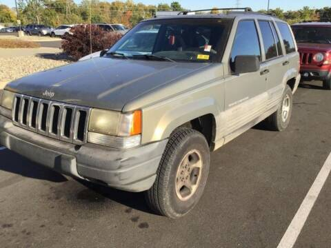 1998 Jeep Grand Cherokee for sale at D & J AUTO EXCHANGE in Columbus IN