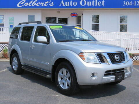 2009 Nissan Pathfinder for sale at Colbert's Auto Outlet in Hickory NC