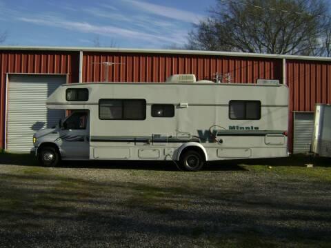 1997 Winnebago CLASS C  FORD E-450  29.5 MINNIE CLASS C  for sale at Tom Boyd Motors in Texarkana TX