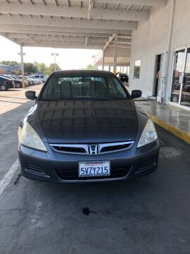 2007 Honda Accord for sale at Auto Outlet Sac LLC in Sacramento CA
