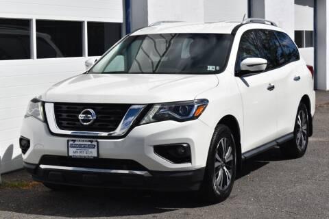 2017 Nissan Pathfinder for sale at IdealCarsUSA.com in East Windsor NJ