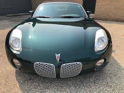 2006 Pontiac Solstice for sale at MICHAEL'S AUTO SALES in Mount Clemens MI