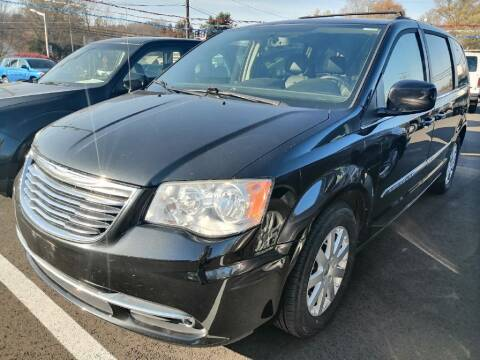 2014 Chrysler Town and Country for sale at KRIS RADIO QUALITY KARS INC in Mansfield OH