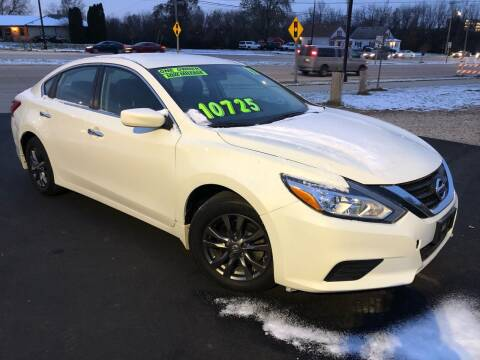 2017 Nissan Altima for sale at Wyss Auto in Oak Creek WI