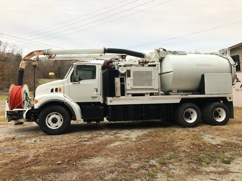 2002 Sterling L7500 Series for sale at Monroe Auto's, LLC in Parsons TN