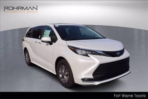 2022 Toyota Sienna for sale at BOB ROHRMAN FORT WAYNE TOYOTA in Fort Wayne IN