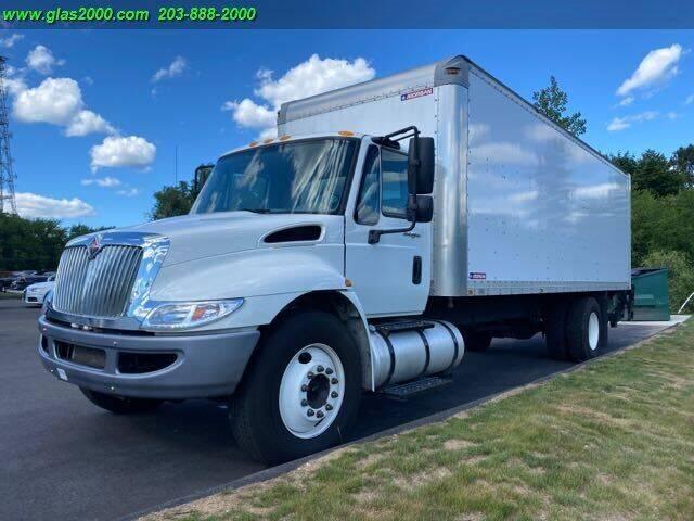 2014 International DuraStar 4300 for sale in Bethany, CT