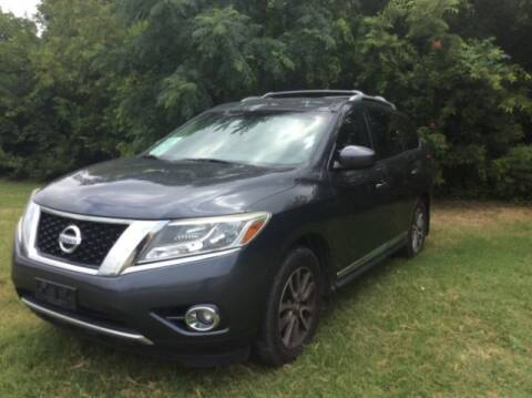 2013 Nissan Pathfinder for sale at Allen Motor Co in Dallas TX