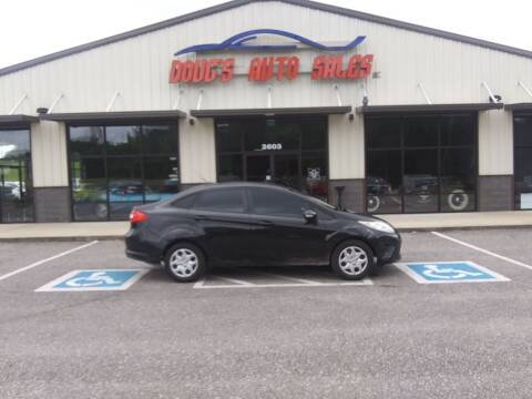 2013 Ford Fiesta for sale at DOUG'S AUTO SALES INC in Pleasant View TN