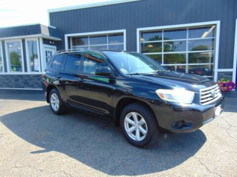 2009 Toyota Highlander for sale at Akron Auto Sales in Akron OH
