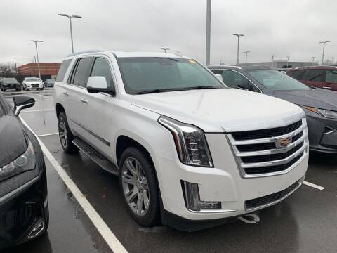 2016 Cadillac Escalade for sale at Davidson Auto Deals in Syracuse IN