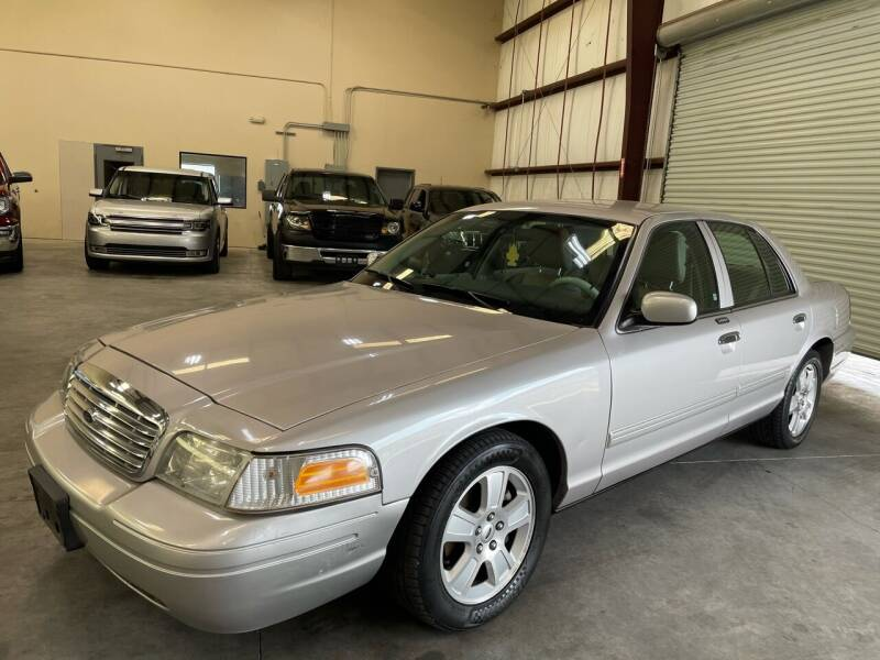2011 Ford Crown Victoria for sale in Houston, TX