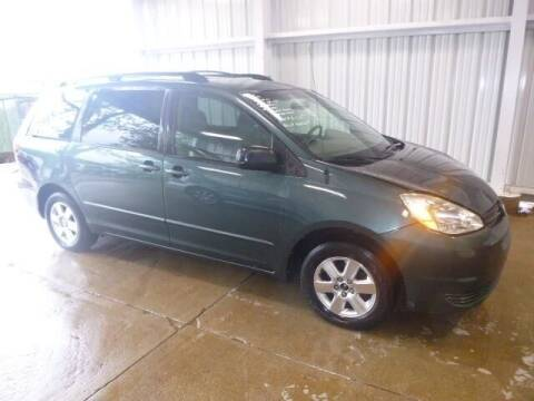 2004 Toyota Sienna for sale at East Coast Auto Source Inc. in Bedford VA