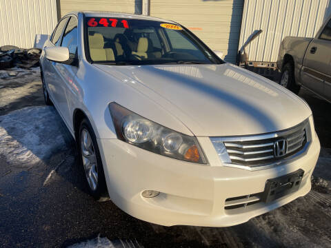 2008 Honda Accord for sale at BELOW BOOK AUTO SALES in Idaho Falls ID