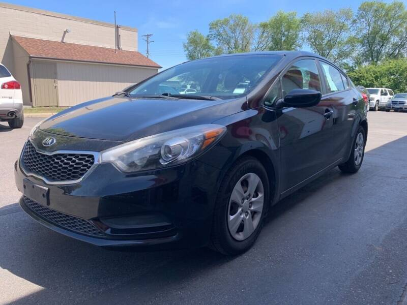 2015 Kia Forte for sale at MIDWEST CAR SEARCH in Fridley MN