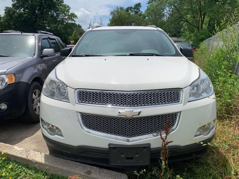 2012 Chevrolet Traverse for sale at ALVAREZ AUTO SALES in Des Moines IA