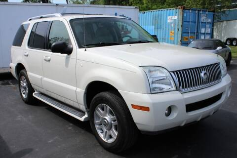 2004 Mercury Mountaineer for sale at Great Lakes Classic Cars & Detail Shop in Hilton NY