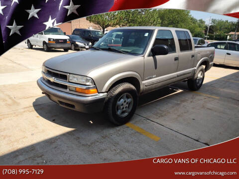 2001 Chevrolet S-10 for sale at Cargo Vans of Chicago LLC in Mokena IL