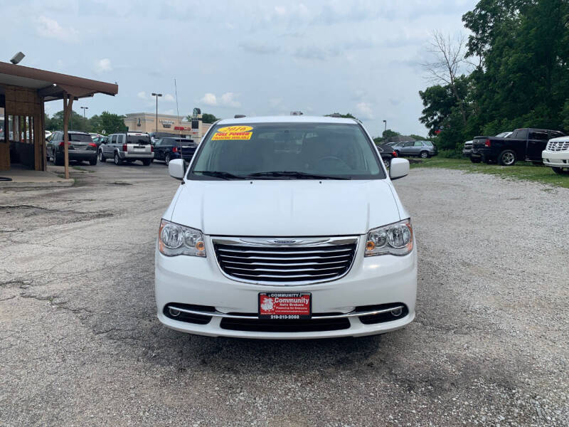 2016 Chrysler Town and Country for sale at Community Auto Brokers in Crown Point IN