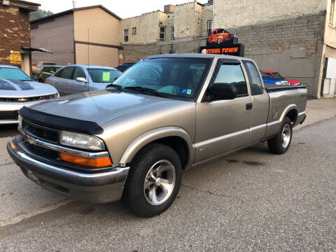 2001 Chevrolet S-10 for sale at STEEL TOWN PRE OWNED AUTO SALES in Weirton WV