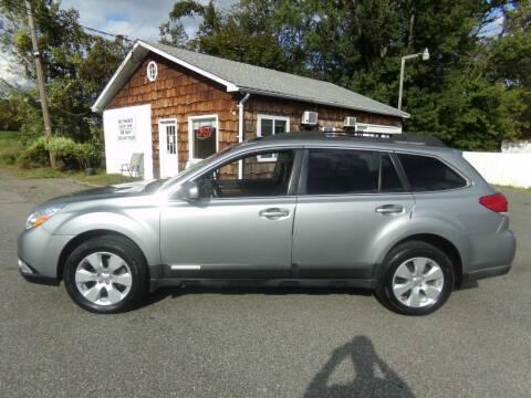 2011 Subaru Outback for sale at Trade Zone Auto Sales in Hampton NJ