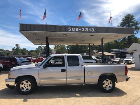 2006 Chevrolet Silverado 1500 for sale at BOB SMITH AUTO SALES in Mineola TX