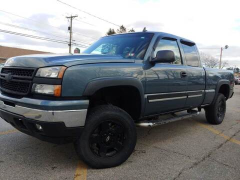 2007 Chevrolet Silverado 1500 Classic for sale at J's Auto Exchange in Derry NH