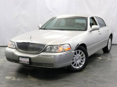 2007 Lincoln Town Car for sale at United Auto Exchange in Addison IL