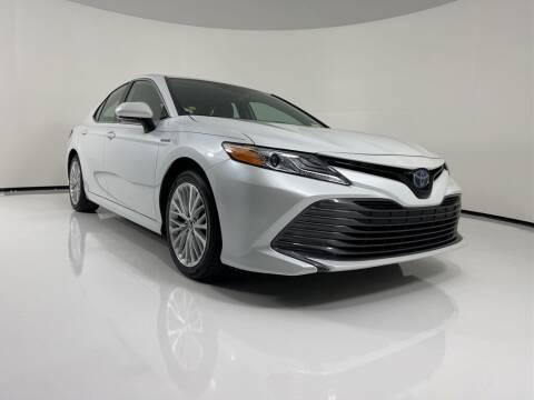 2020 Toyota Camry Hybrid for sale at PHIL SMITH AUTOMOTIVE GROUP - Toyota Kia of Vero Beach in Vero Beach FL