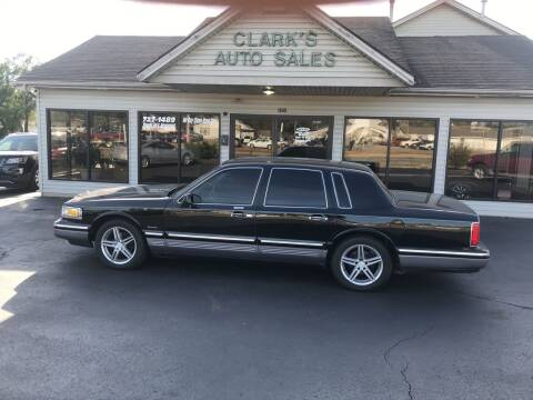 1997 Lincoln Town Car for sale at Clarks Auto Sales in Middletown OH
