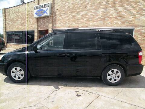 2009 Kia Sedona for sale at Kingdom Auto Centers in Litchfield IL