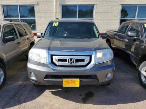 2010 Honda Pilot for sale at Brothers Used Cars Inc in Sioux City IA