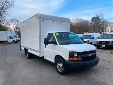 2014 Chevrolet Express Cutaway for sale at Auto Towne in Abington MA