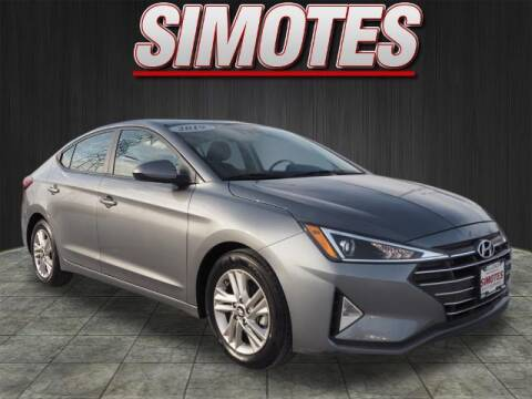 2019 Hyundai Elantra for sale at SIMOTES MOTORS in Minooka IL
