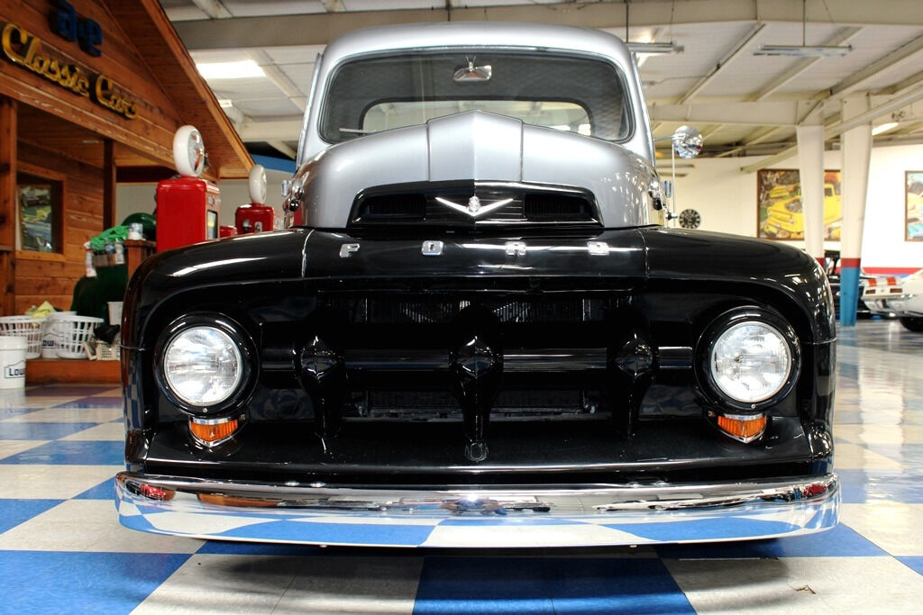 1951 Ford F-100 13