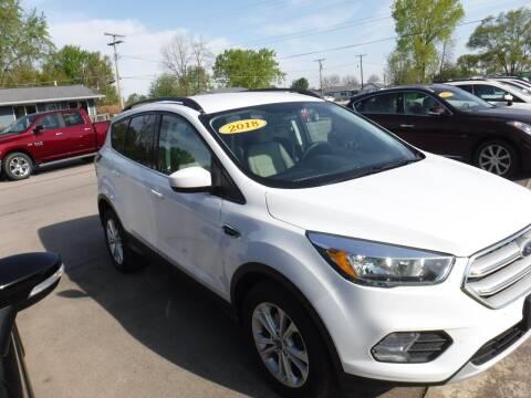 2018 Ford Escape for sale at Dave's Car Corner in Hartford City IN