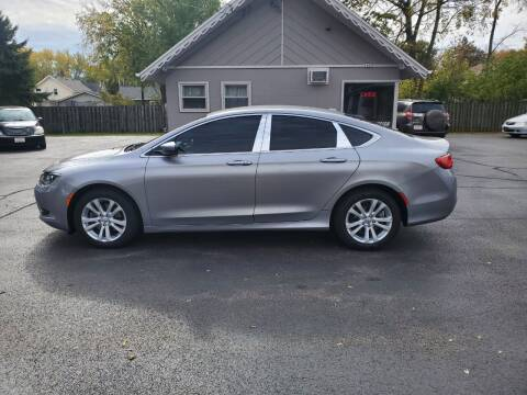 2015 Chrysler 200 for sale at Deals on Wheels in Oshkosh WI