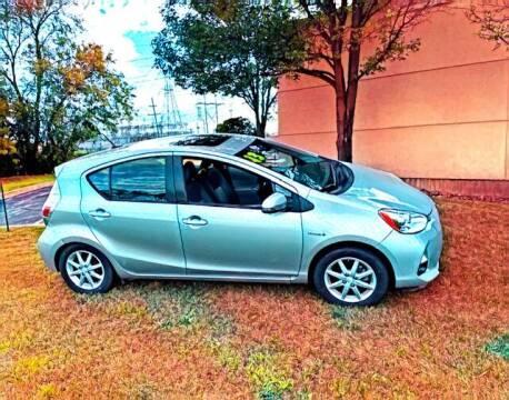 2013 Toyota Prius c for sale at Del Sol Auto Mart in Des Plaines IL