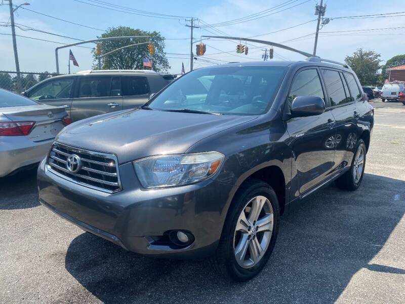 2009 Toyota Highlander for sale at American Best Auto Sales in Uniondale NY