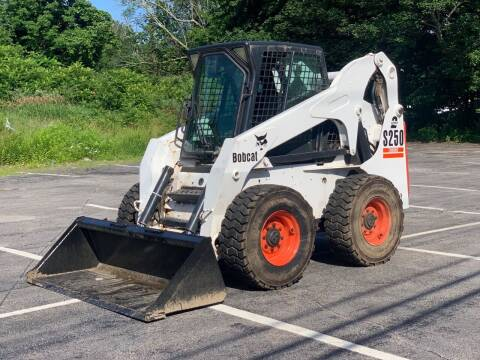 2005 Bobcat S250 for sale at Hillcrest Motors in Derry NH