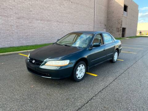 2000 Honda Accord for sale at JE Autoworks LLC in Willoughby OH