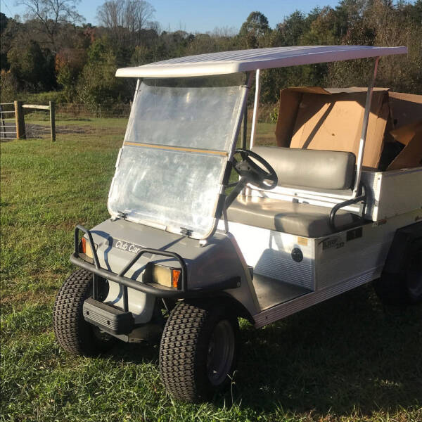 2007 Club Car Carry 252 w/New Top 252 for sale at Mathews Turf Equipment in Hickory NC