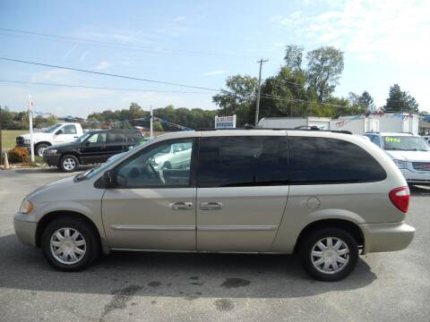 2005 Chrysler Town and Country for sale at All Cars and Trucks in Buena NJ