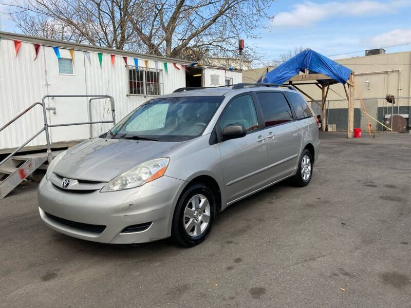 2007 Toyota Sienna for sale at 21st Ave Auto Sale in Paterson NJ
