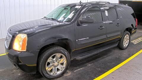 2008 GMC Yukon XL for sale at HERMANOS SANCHEZ AUTO SALES LLC in Dallas TX