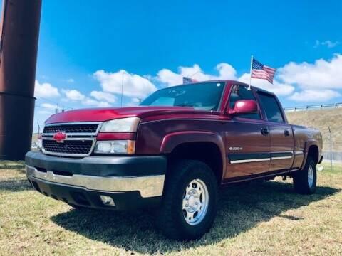 2006 Chevrolet Silverado 2500HD for sale at Venmotors LLC in Hollywood FL